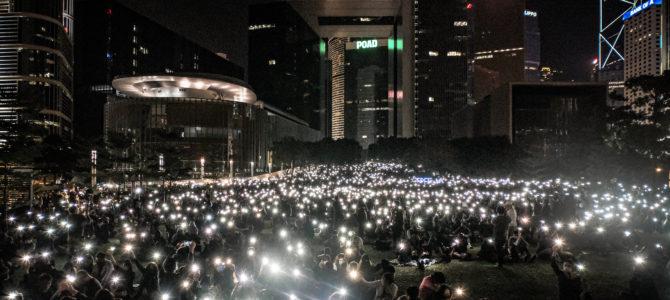 Proteste in Russland & Hongkong: Spannende Online-Veranstaltung mit Raimund Löw zum Nachhören!