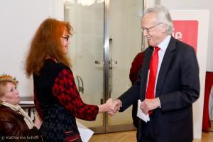 Botschafter Albert Rohan gratuliert Ewa Siedlecka